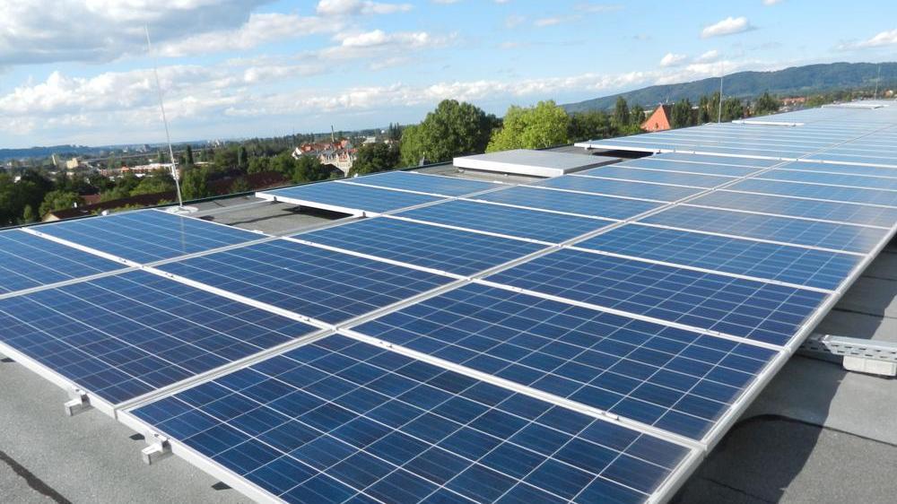 Photovoltaikanlage für Unternehmen Bürogebäude