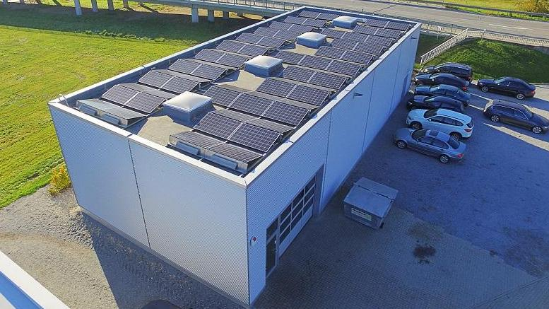 Photovoltaikanlage Autohaus