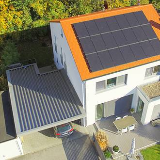 Bild: Photovoltaikanlage Einfamilienhaus Luftbild