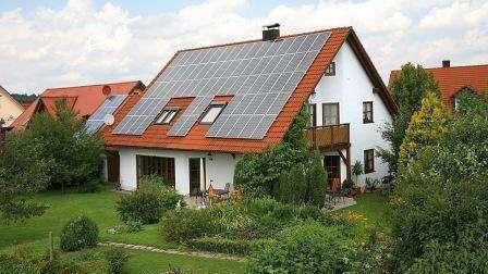 Photovoltaikanlage auf einem Einfamilienhaus