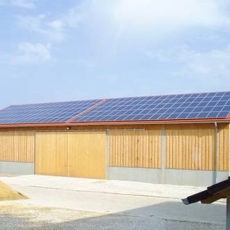 Bild: Photovoltaikanlage auf Scheune
